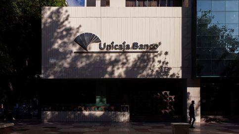 Unicaja y Liberbank provisionarán 1.200 M en la fusión y dan por superadas sus diferencias