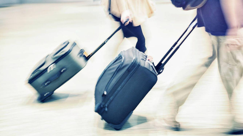 a02798451 Foto: ¿Se acabó el reino de la maleta pensada para encajar en los  compartimentos