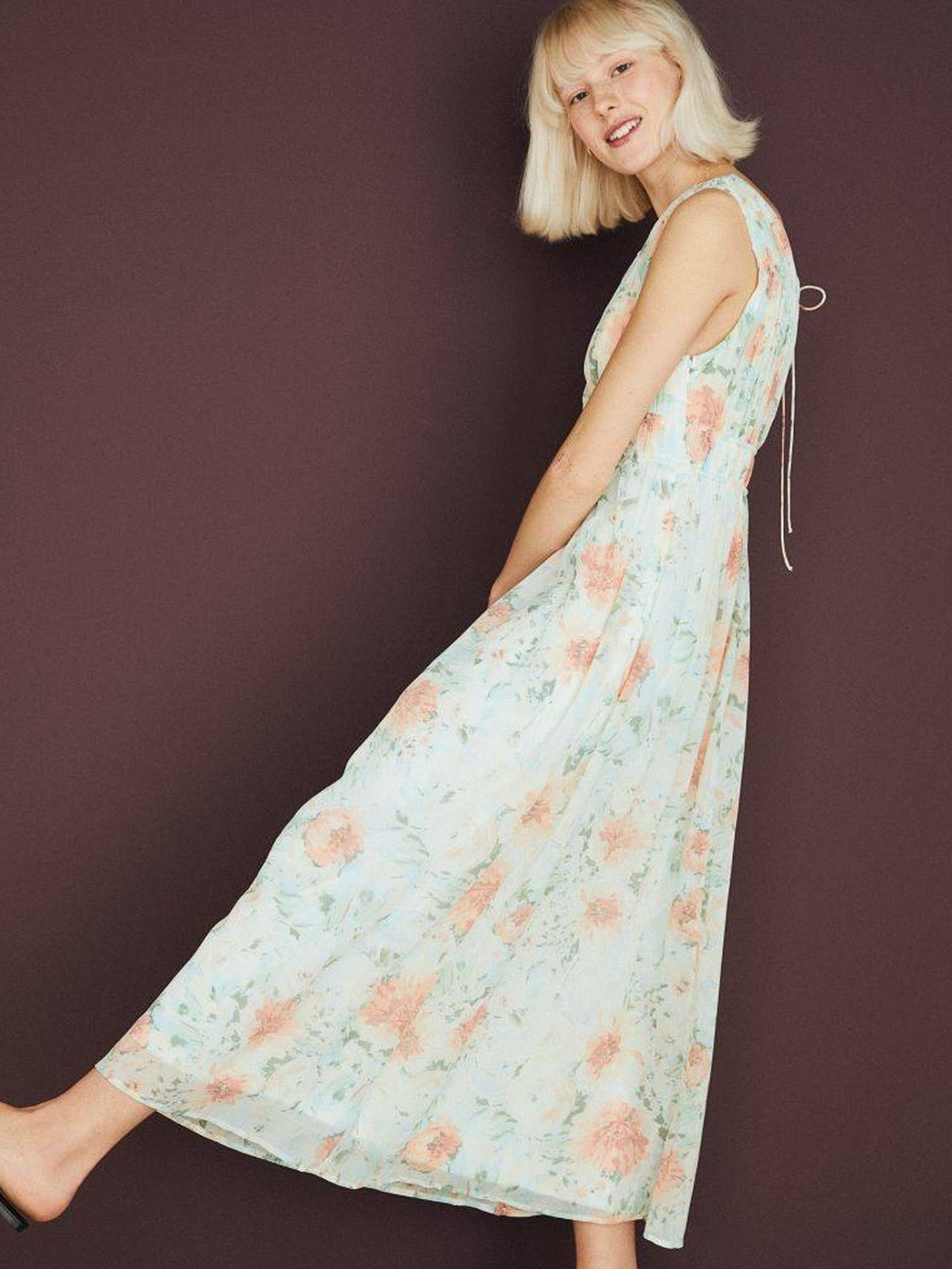 Un vestido de flores de HyM. (Cortesía)