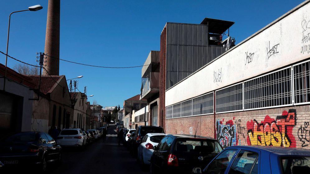 Foto: Nave abandonada en Sabadell donde se produjo la agresión múltiple. (EFE)