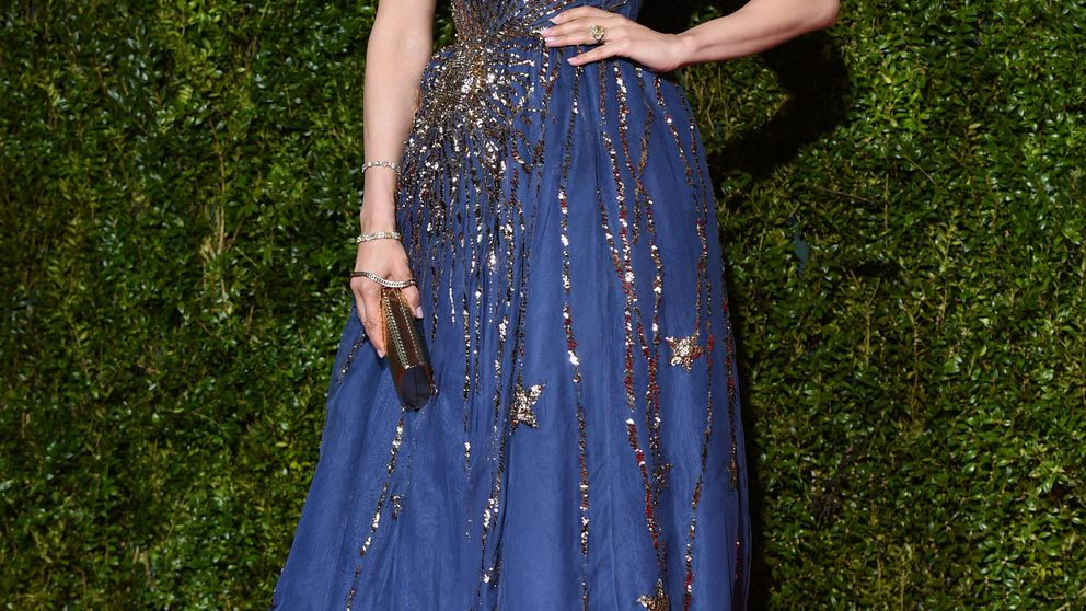 Jennifer López, Amanda Seyfried y Thalía incendian la alfombra roja de los premios Tony