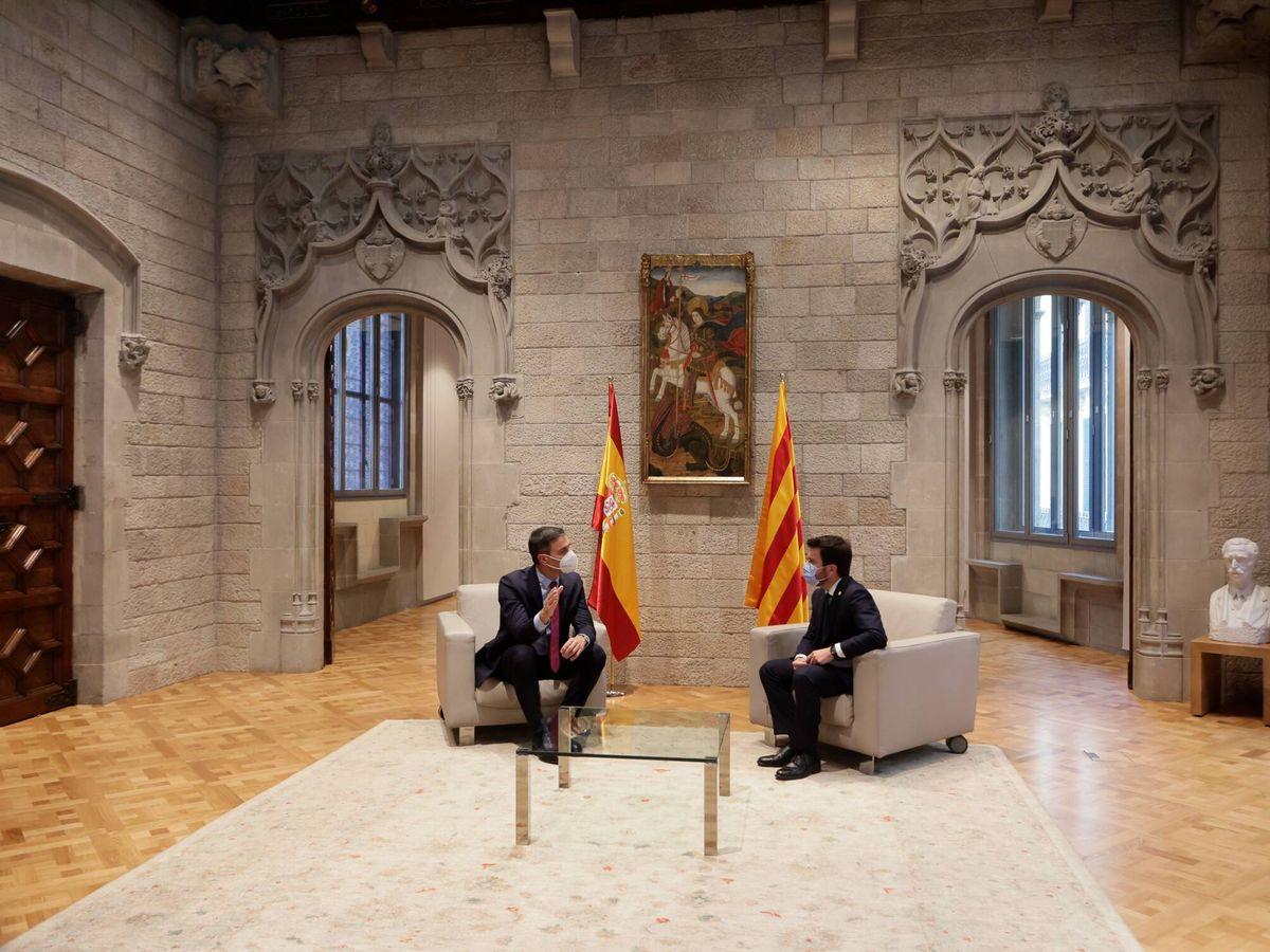 Foto: El presidente de la Generalitat, Pere Aragonès, y el presidente del Gobierno, Pedro Sánchez, este miércoles. (EFE)