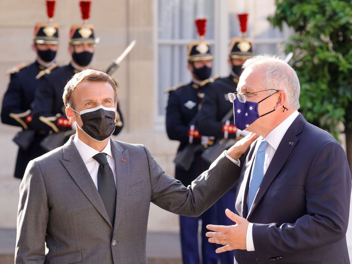 Foto: Emmanuel Macron, junto a Scott Morrison, en una imagen de archivo. (Reuters)