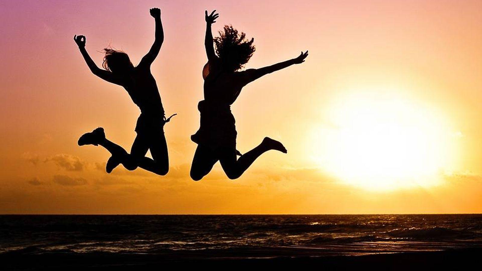 Felicidad 25 Frases Bonitas Para Mandar Un Mensaje Citas Felices