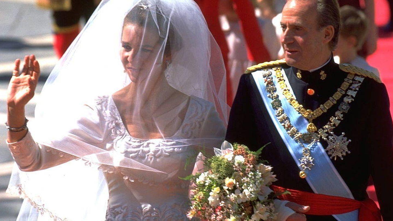 La infanta Elena, el día de su boda con el rey don Juan Carlos. (Getty)