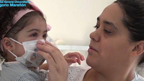 Dan el alta a la niña que recibió un trasplante de corazón en plena pandemia de Covid-19