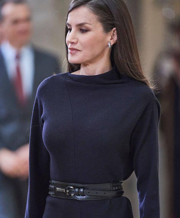 Foto: La reina Letizia, con su vestido de COS. (LP)