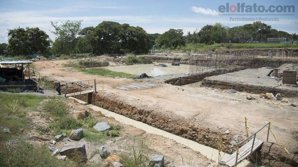 Foto: Estado de abandono de las obras de las instalaciones deportivas en Ibagué. (Foto cedida por 'elolfato.com')