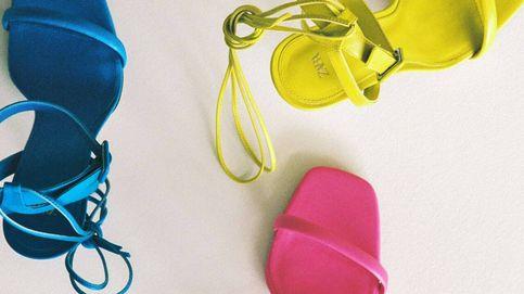 Estas son las 7 novedades en sandalias de colores que sí o sí necesitan tus pies