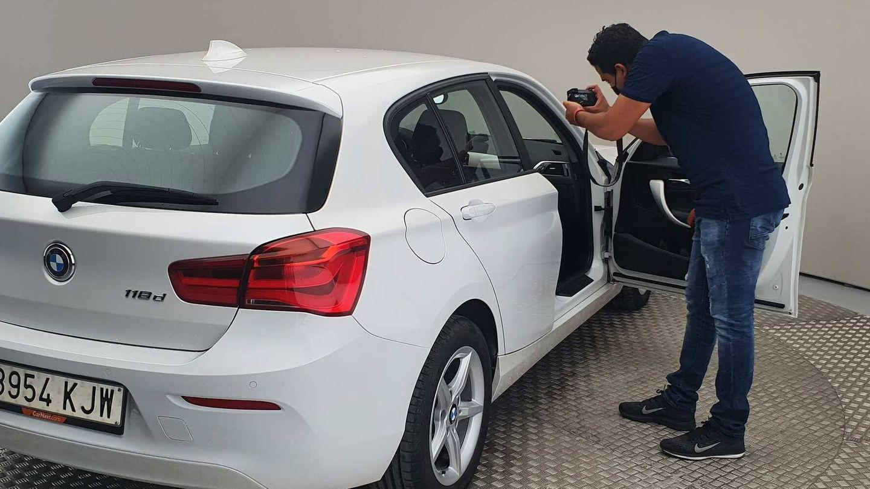 Todos los coches tienen un amplio dossier fotográfico de interior y exterior del vehículo.