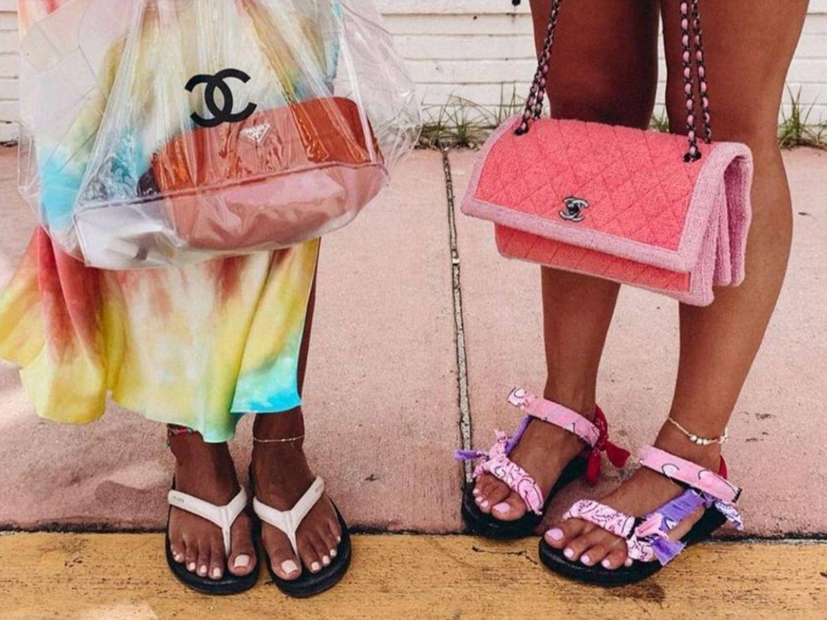 Foto: Las sandalias con estampado pañuelo que colapsan las redes sociales. (Instagram @collagevintage)