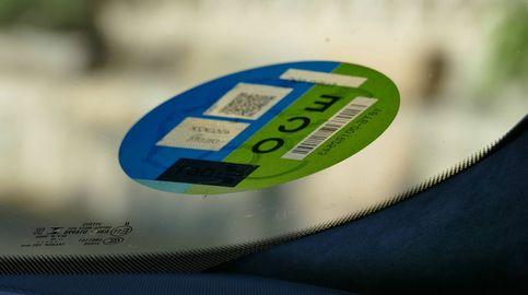 Las etiquetas de la DGT ya no serán como las que conocemos: así lucirán las nuevas