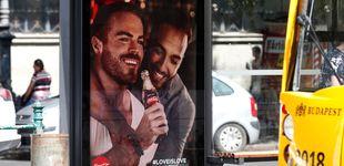 Post de La cruzada de Orbán contra los gais:  boicot a Coca-Cola por una publicidad