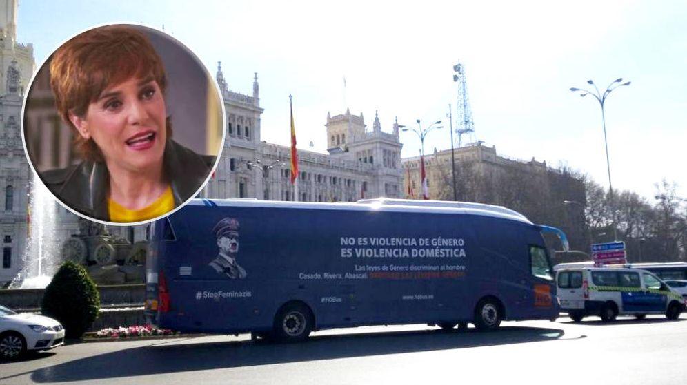 Foto: El autobús de 'Hazteoír' en un programa de La Sexta
