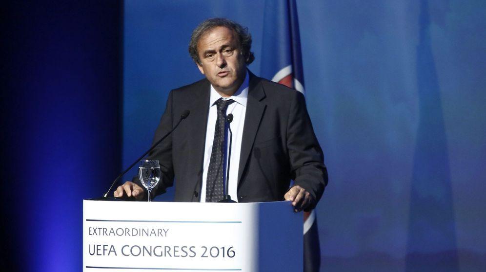 Foto: El ex presidente de la UEFA Michel Platini, en una intervención. (EFE)