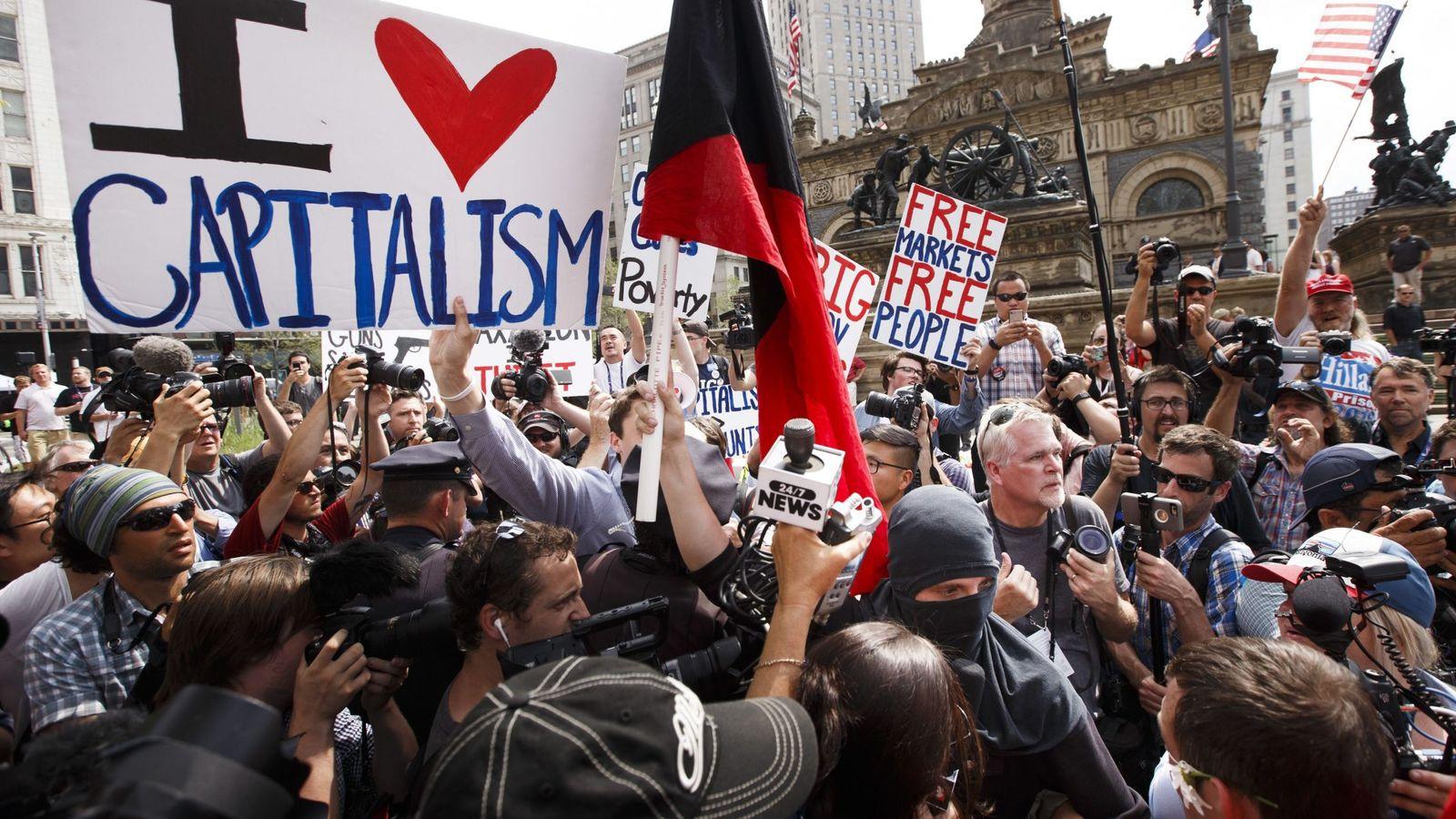 Foto: Foto de archivo de una manifestación a favor de las virtudes del capitalismo. (EFE)