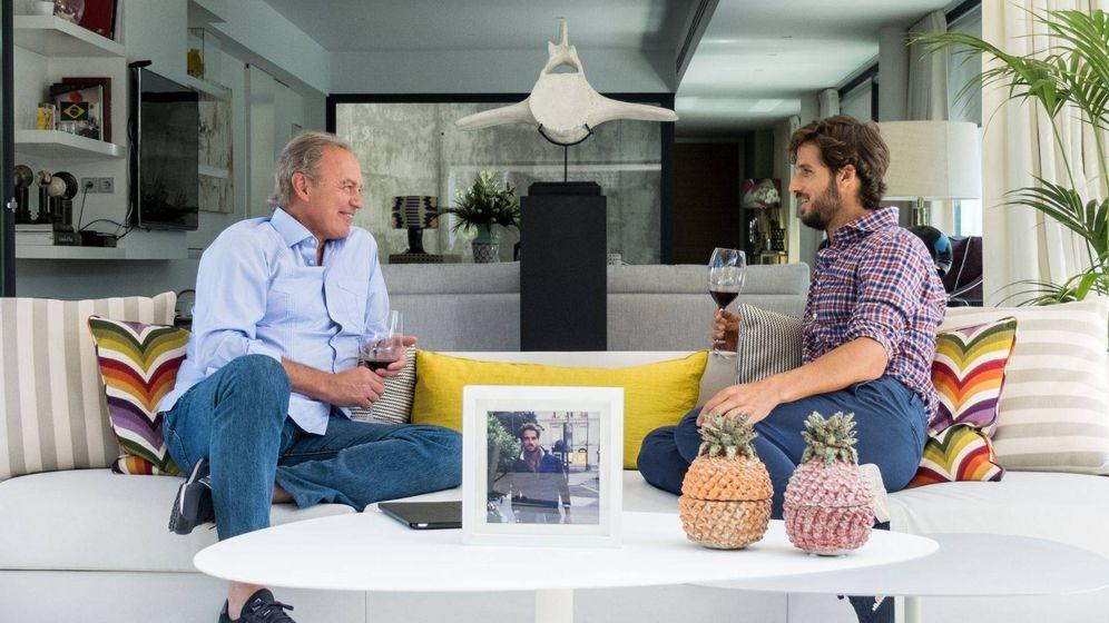 Foto: Feliciano López junto a Bertín Osborne en 'Mi casa es la tuya'. (Mediaset España)