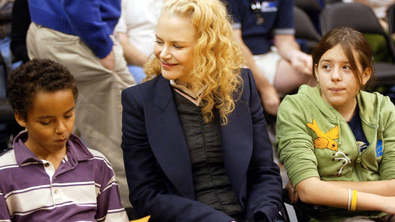 Nicole y sus hijos en una foto de 2004. (Getty)
