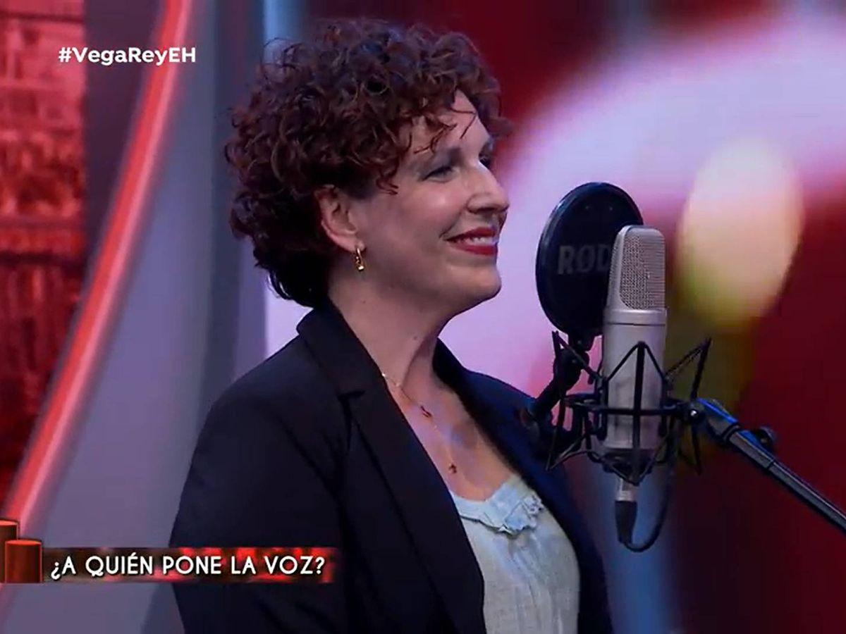 Foto: Iratxe Gómez, voz de Siri, en 'El hormiguero'. (Antena 3)