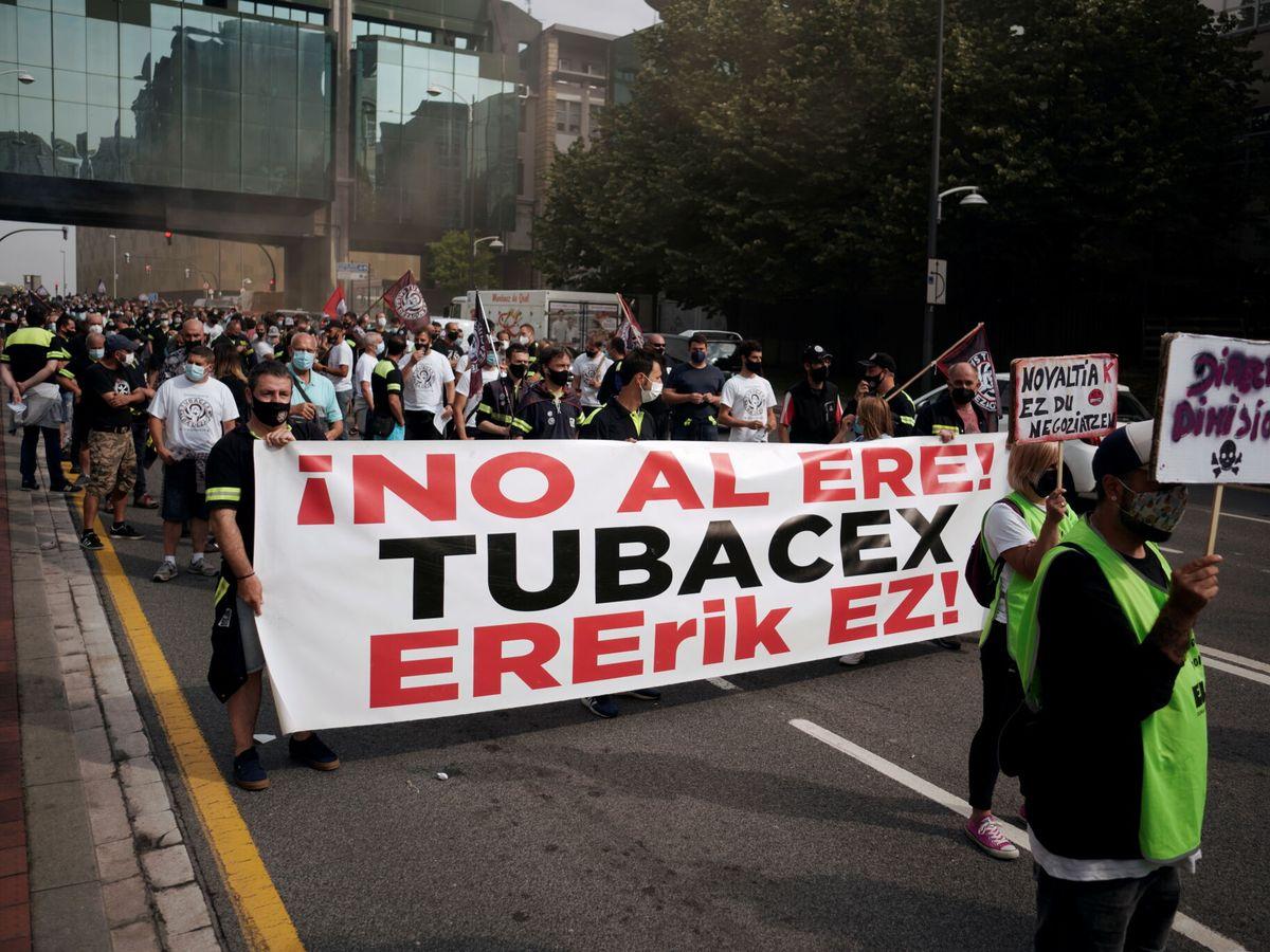 Foto: Manifestaciones contra el ERE de Tubacex (EFE)