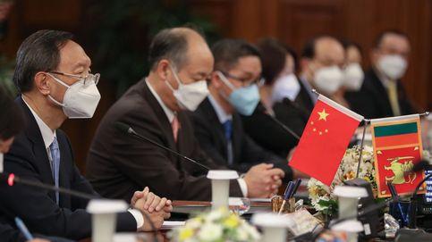 China pide a EEUU que no interfiera en sus  asuntos internos para poder retomar lazos