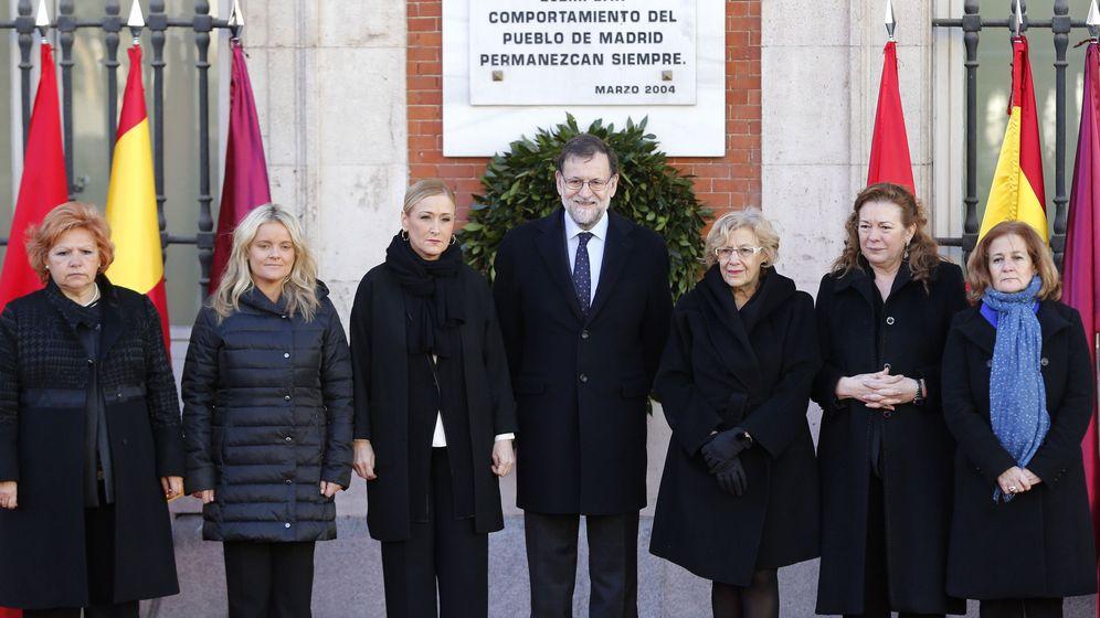 Foto: Homenaje rendido este viernes en la Puerta del Sol a los fallecidos en los atentados del 11-M de Madrid. (EFE)