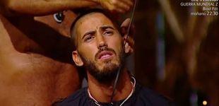 Post de Juan Miguel corta a trasquilones el pelo de Iván, que acaba rapado, en 'SV'