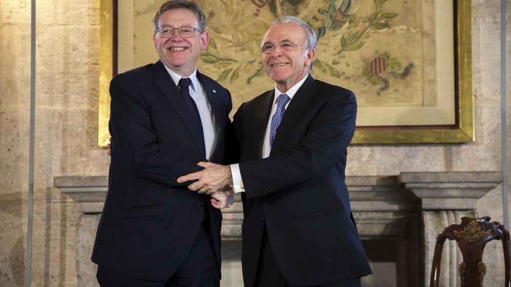 Foto: Ximo Puig y el expresidente de CaixaBank Isidre Fainé. (EFE)