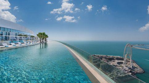 Un hotel de Dubái inaugura la piscina situada a una mayor altura del mundo