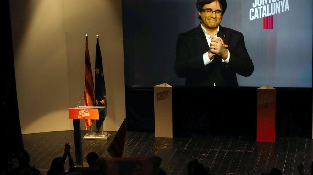 Foto: El expresidente de la Generalitat, Carles Puigdemont, durante un mitin de Junts per Catalunya. (EFE)