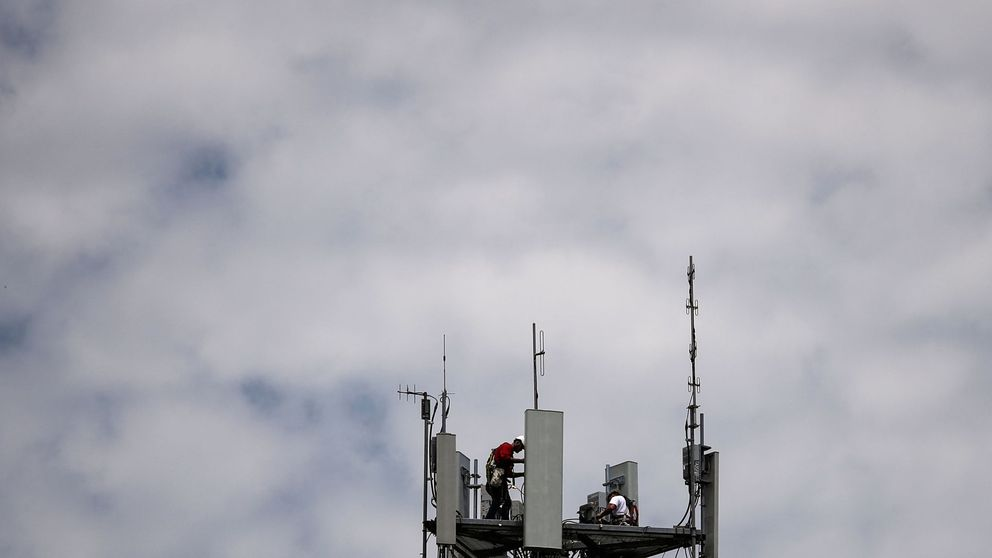 No, el 5G no trasmite covid: los datos que demuestran que en realidad ayuda a frenarlo