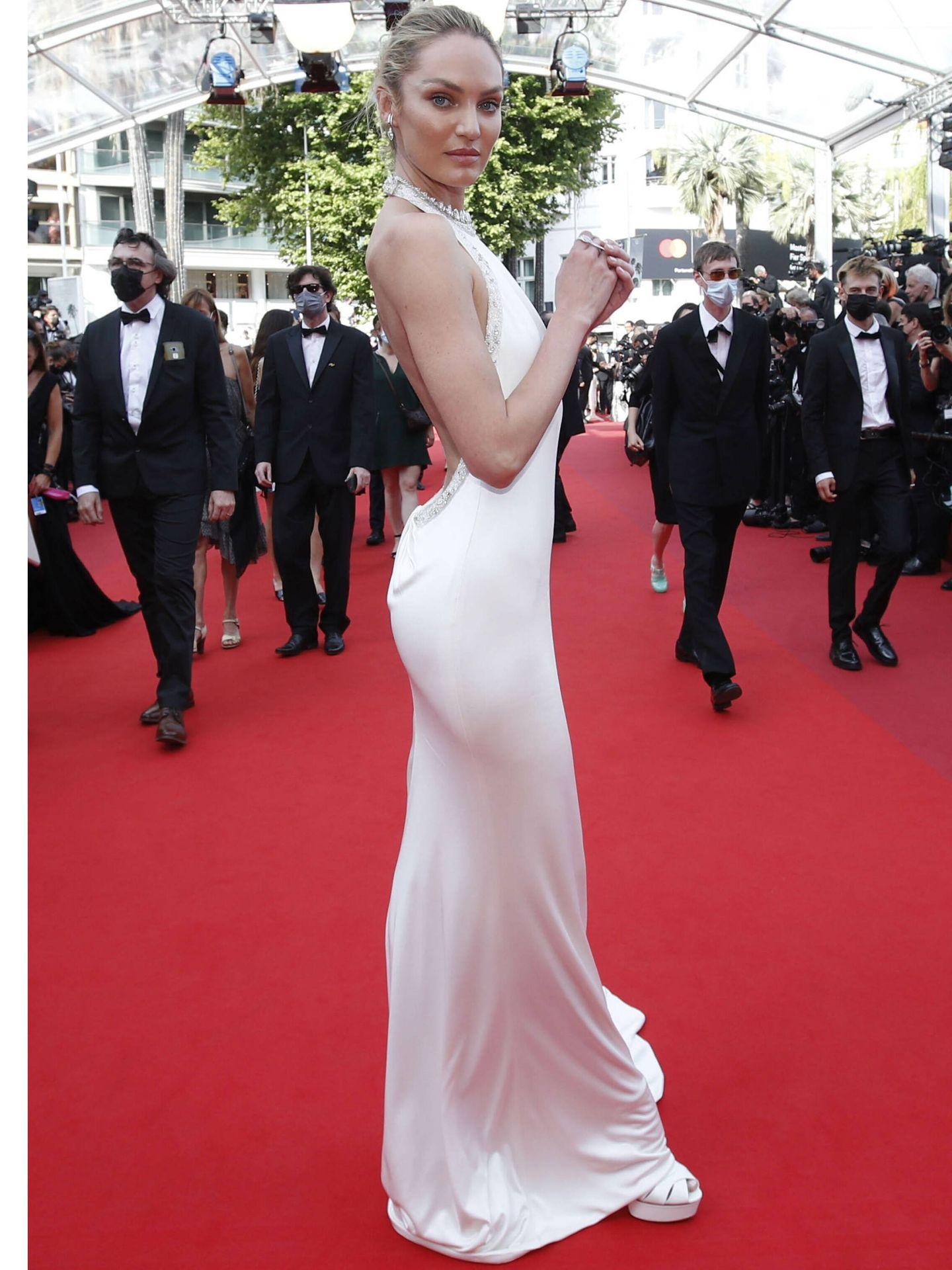 Candice Swanepoel en Cannes. (Reuters)