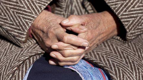 El Gobierno de Extremadura dará una ayuda de 300 euros a mujeres de más de 75 años