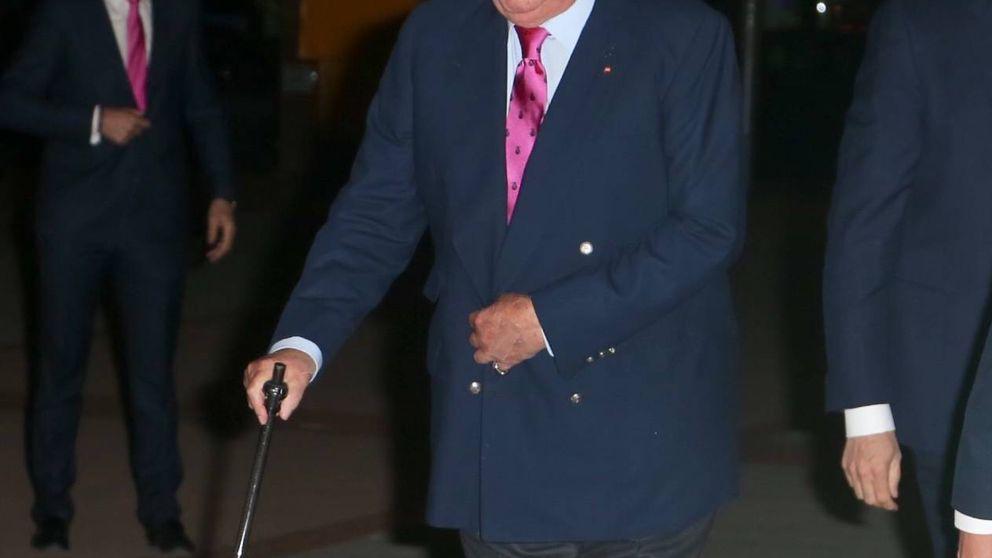 El rey Juan Carlos (con el ojo amoratado) y Santiago Abascal, juntos en Las Ventas