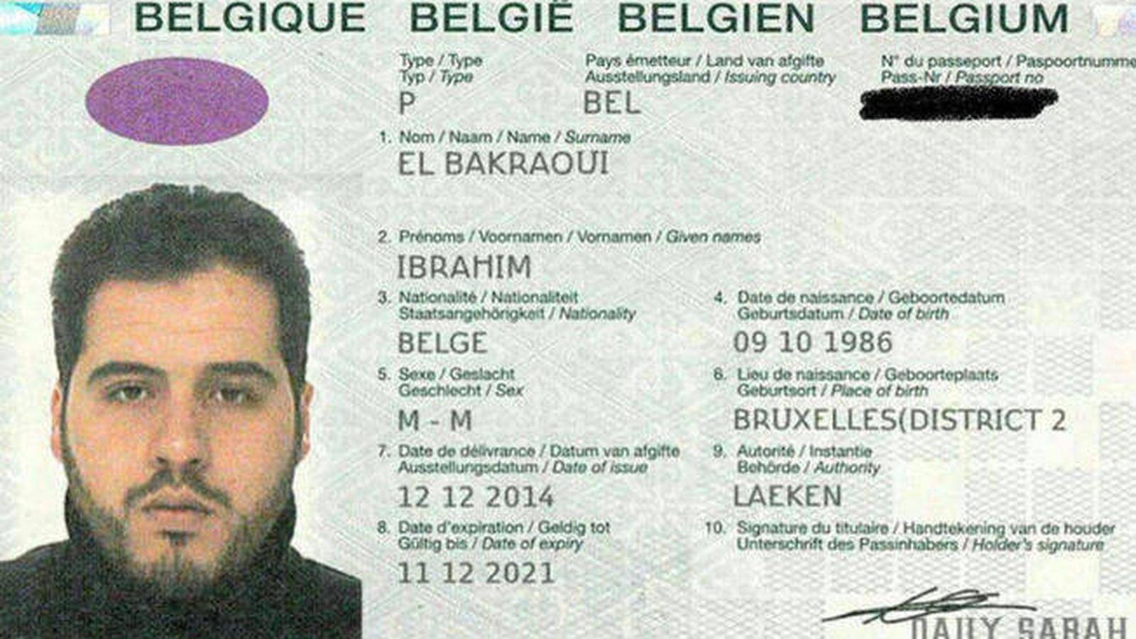 Foto: El pasaporte de Ibrahim El Bakraoui, en una imagen obtenida por el diario turco 'Daily Sabah'