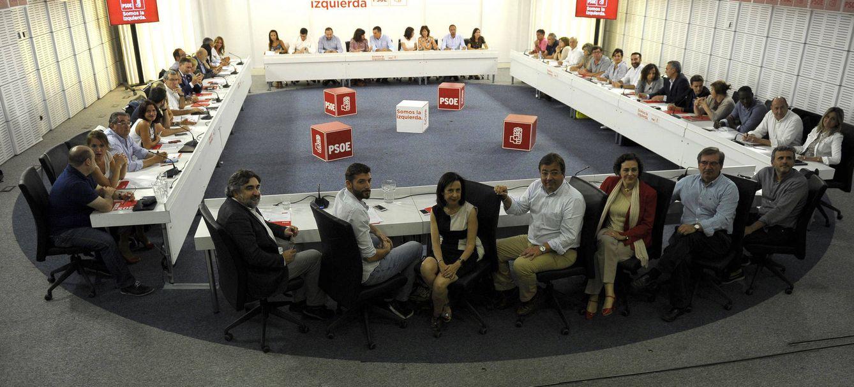 Foto: La comisión ejecutiva federal del PSOE, reunida en plenario, el pasado 4 de septiembre en Ferraz. (Borja Puig | PSOE)
