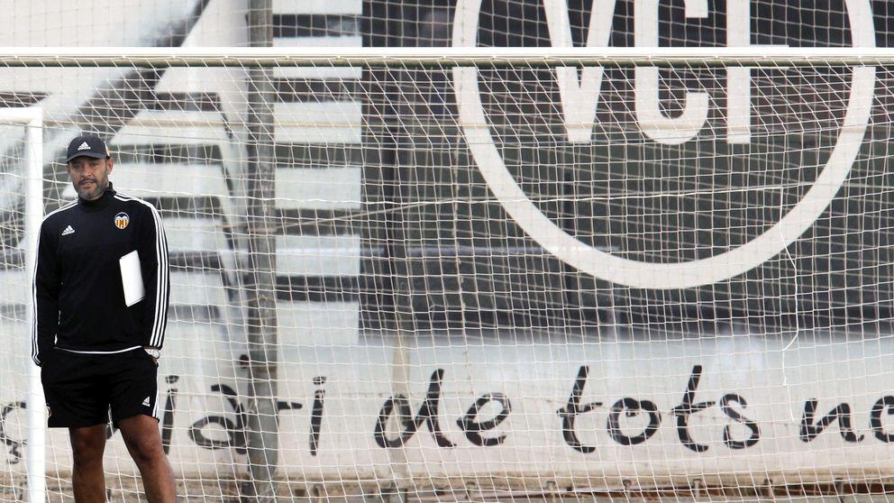 Nuno afronta otra gran final en Lyon para apagar el incendio de Mestalla