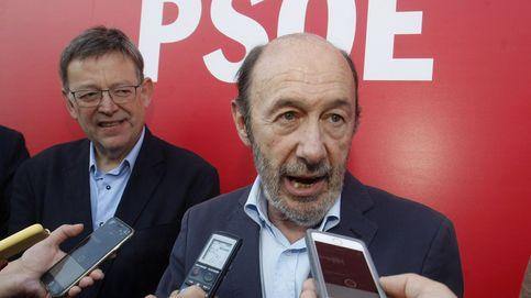 Rubalcaba entra en el consejo editorial de El País con la sorpresa de Ferraz
