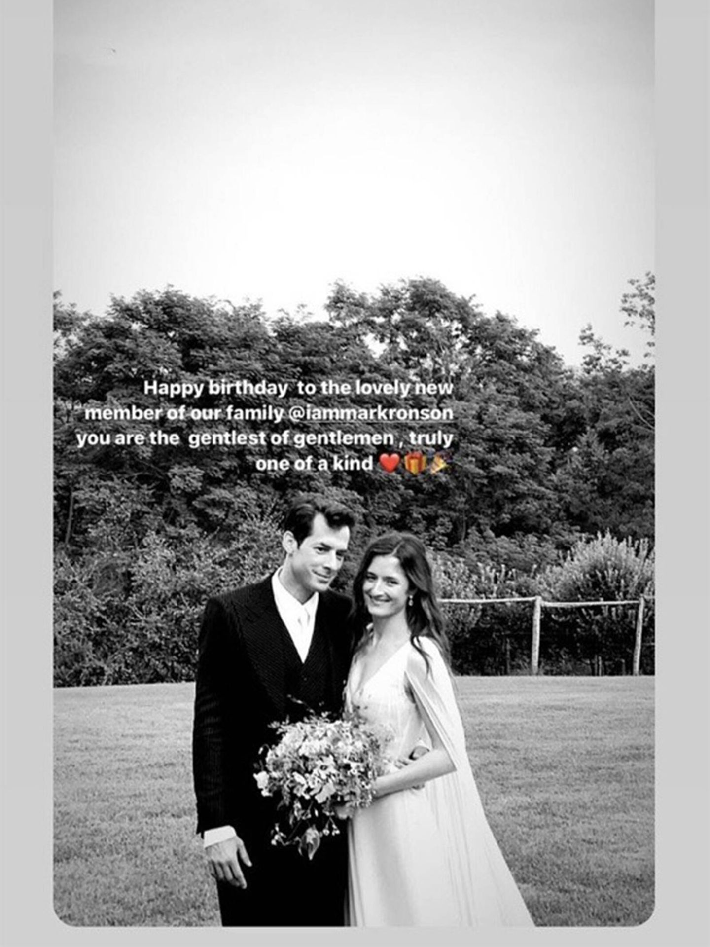 La hermana de Grace, Louisa Gummer, dedicó unas emotivas palabras de cariño a su cuñado por su cumpleaños. (Instagram @iammarkronson)