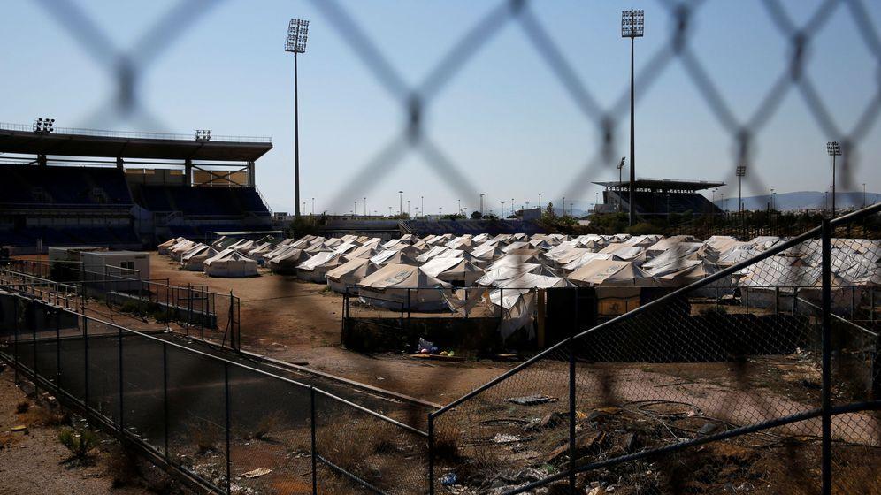 Foto: Un campo de refugiados localizado en Atenas, Grecia. (Reuters)