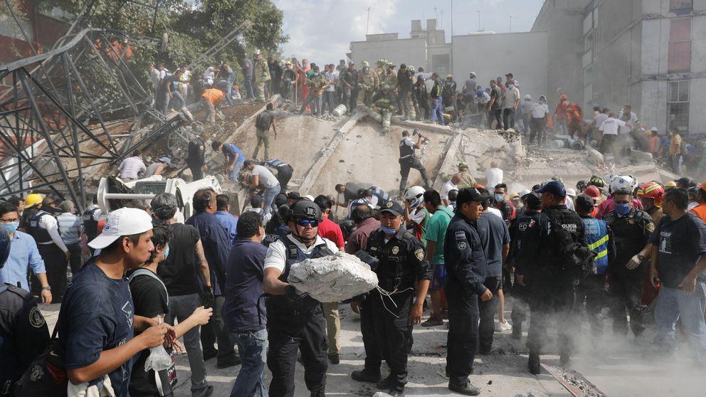 Un fuerte terremoto sacude el centro y sur de México y deja centenares de muertos
