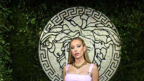 Demi Moore, Ester Expósito y todos los looks de fiesta privada de Versace