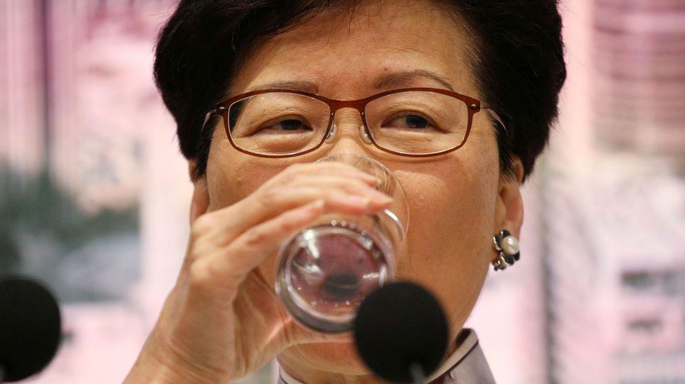 Foto: La jefa del Gobierno de Hong kong, Carrie Lam, durante una rueda de prensa. (Reuters)