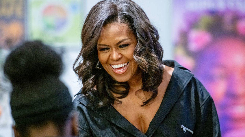 Hablemos del vestido custom-made de Schiaparelli de Michelle Obama