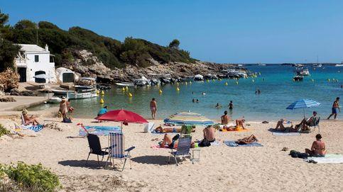 La primera playa sin humos de Menorca y la sequía afecta a toda España: el día en fotos