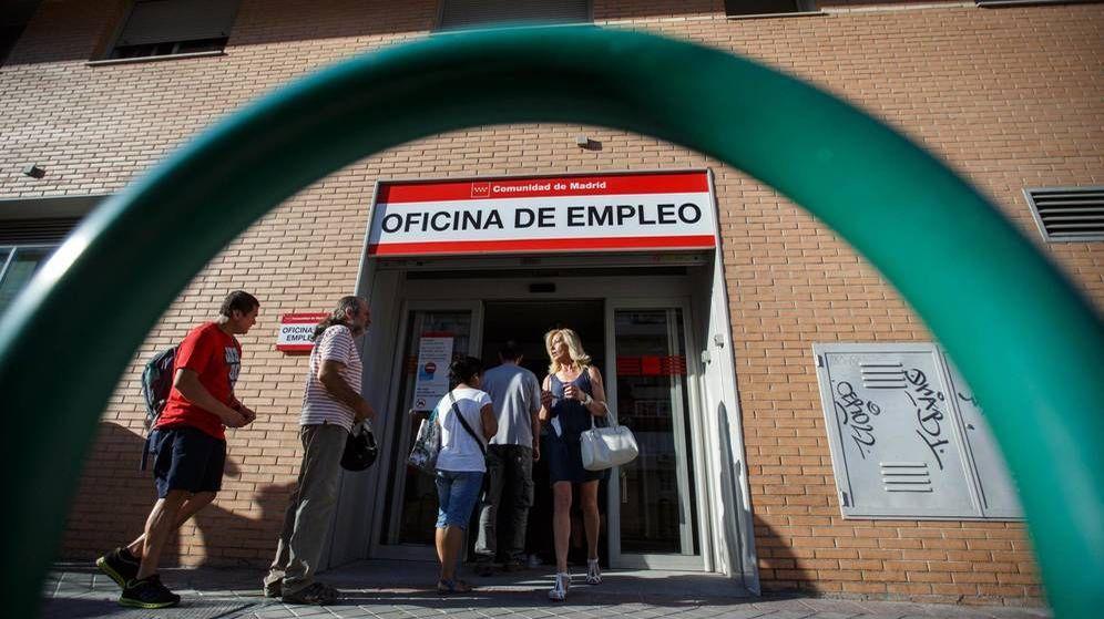 Foto: Las oficinas de empleo no abrirán al público durante el estado de alarma (REUTERS)