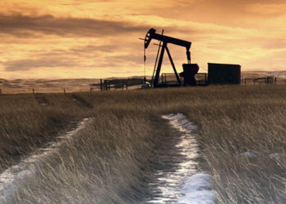 Foto: La demanda española de productos petrolíferos no remontará hasta 2011