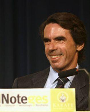 Foto: El PP, cada vez más harto de Aznar: el ex presidente sigue robando protagonismo a Rajoy