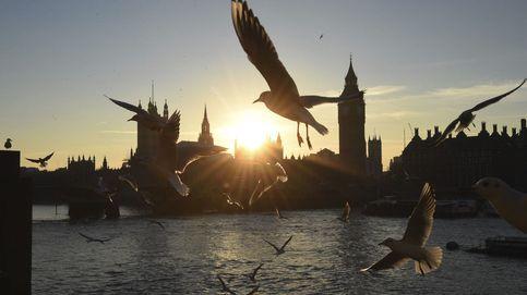 May deberá consultar al Parlamento antes del Brexit
