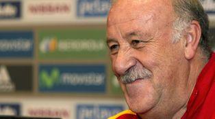 Del Bosque debe, y merece, continuar al frente de la selección española